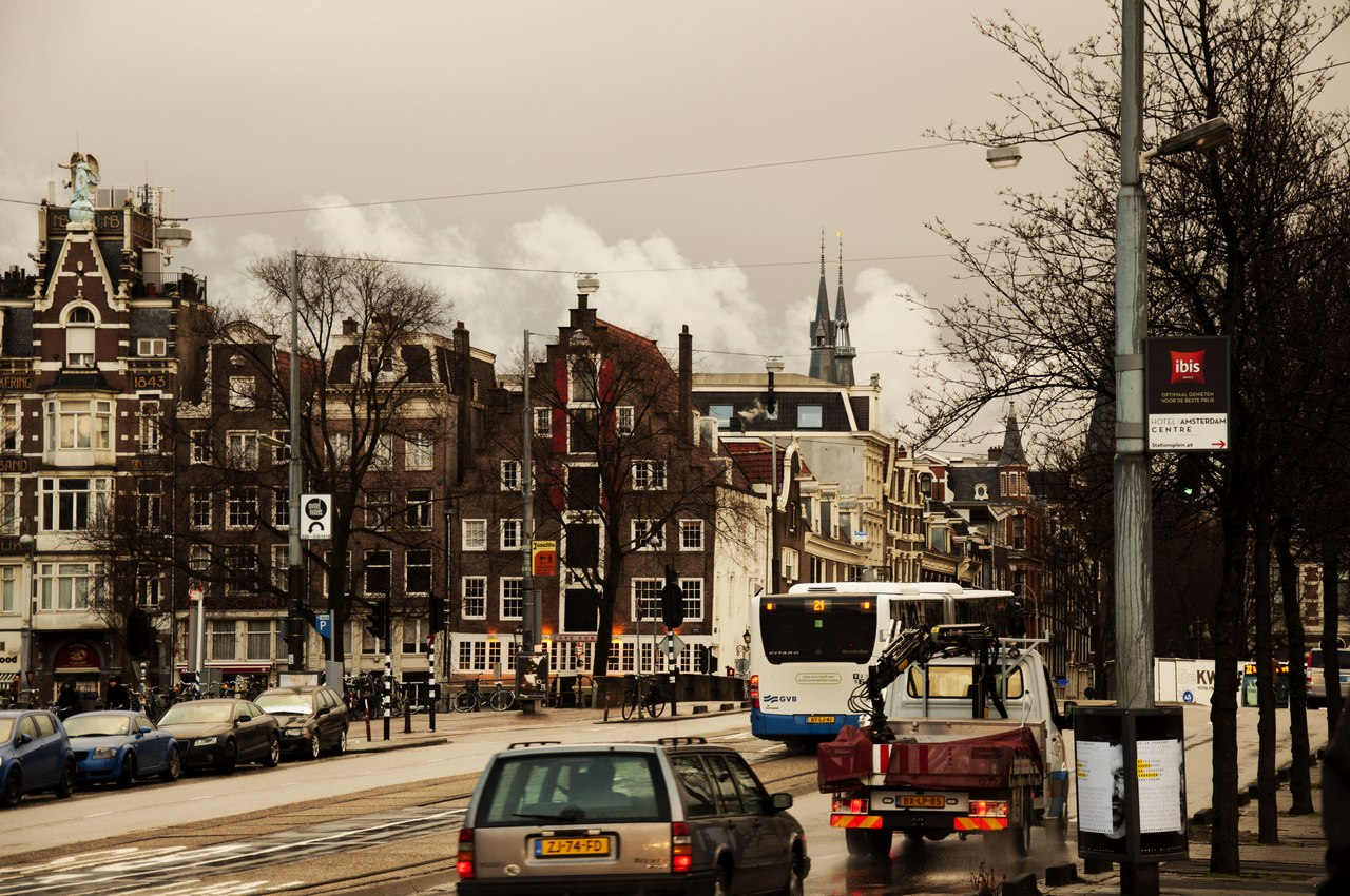 Запах улиц красных (Святочный рассказ)